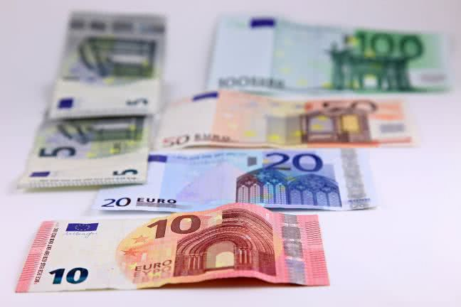 Euro paper banknotes - free stock photo