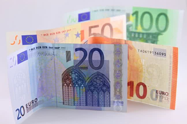 Euro paper money - free stock photo