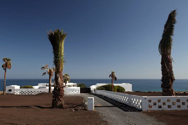 Lanzarote wall - free stock photo